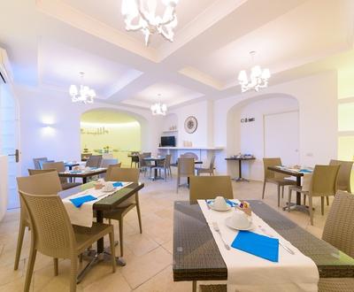 Breakfast   Villa Fortuna Holiday Resort