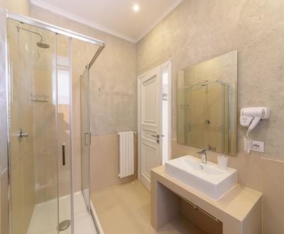 Bathroom   Villa Fortuna Holiday Resort